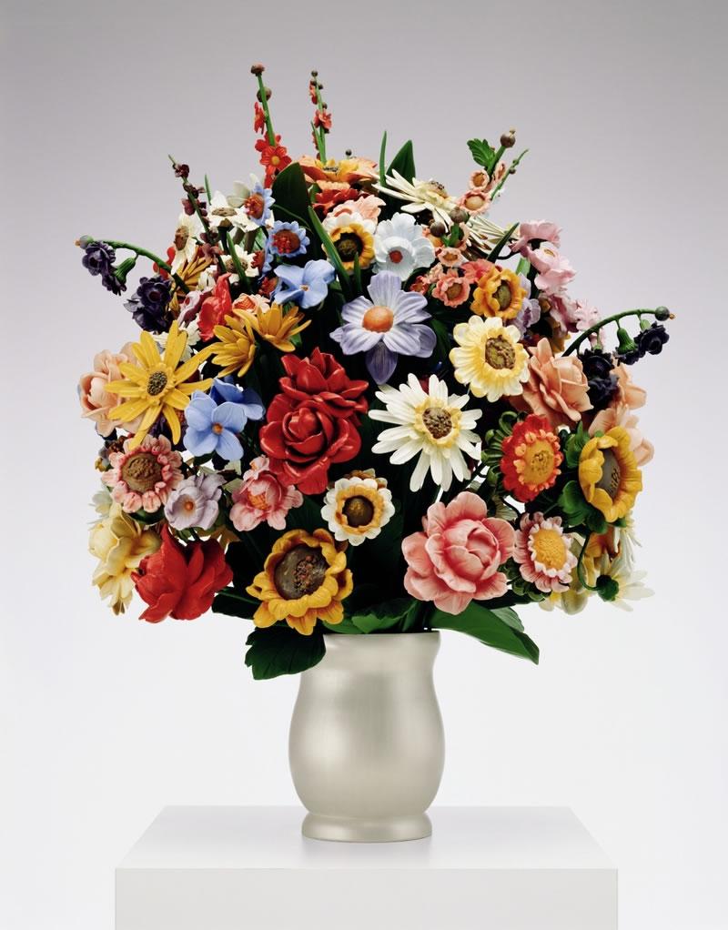 1-Jeff-Koons-flowers-in-the-Guggenheim