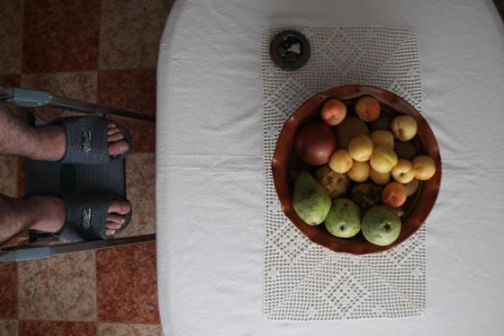 Fruta sobre la mesa