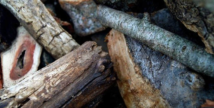 madera para barbacoas