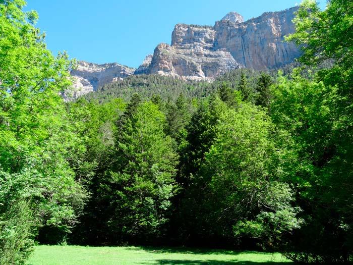 Parque Nacional de Ordesa y Monte Perdido hacia la Cola de Caballo