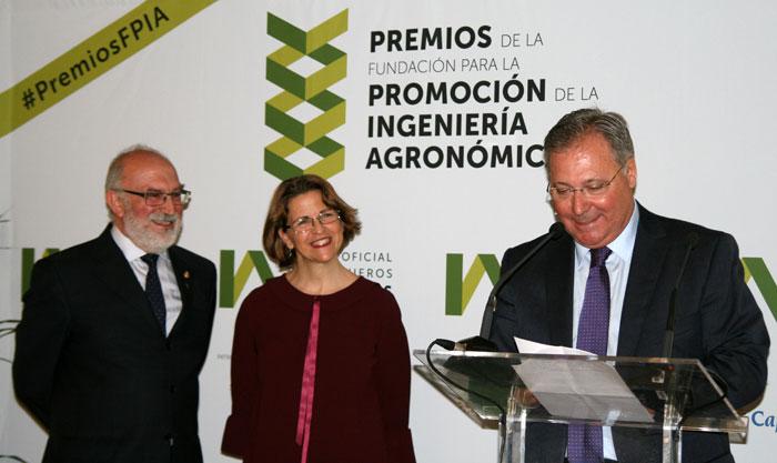 AEFA recibe el Premio Iniciativa y Desarrollo
