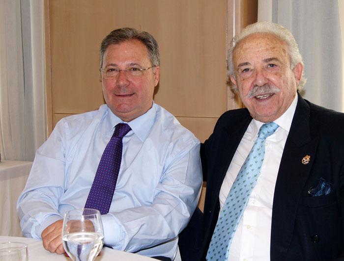 Presidente y Preidente de Honor de AEFA