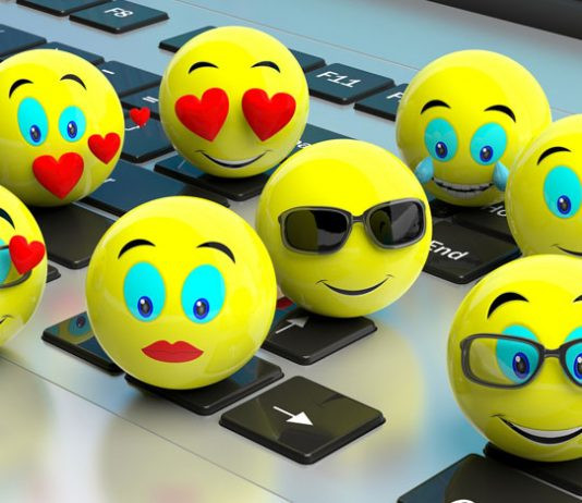 Dedicatorias con emojis al regalar flores