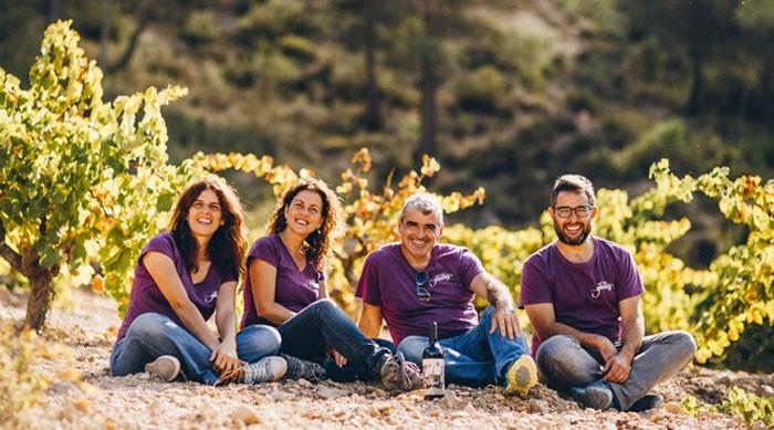 Ana, Iván, José y Silvia son los propietarios de Bodegas Gratias